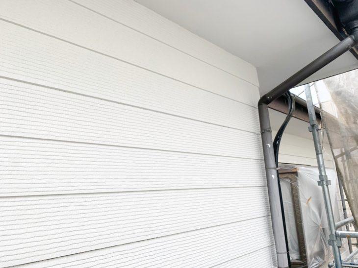 屋根外壁塗装工事 横浜市瀬谷区 S様邸 外壁塗装中塗り、上塗り工程