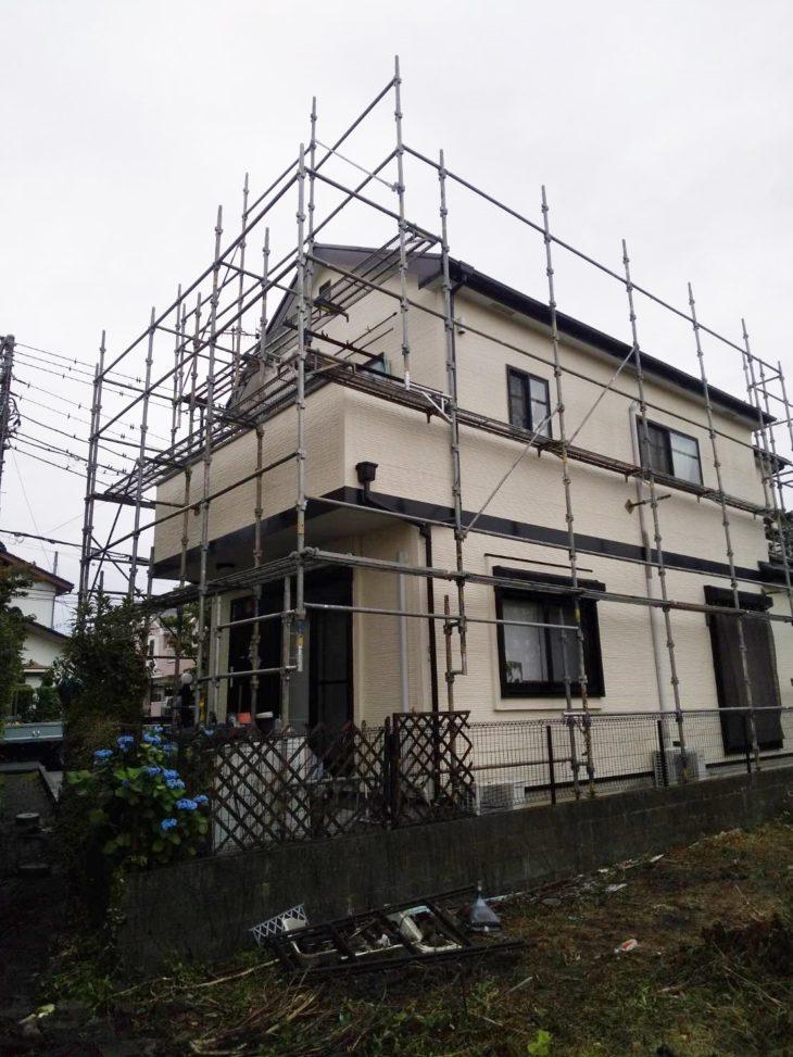 寒川町で屋根外壁塗装工事がスタートしました。|さむかわ塗装