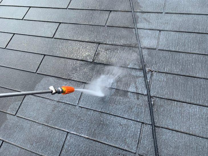 神奈川県高座郡寒川町宮山で屋根外壁塗装工事が始まりました!